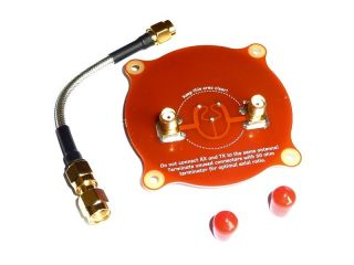 Realacc Triple Feed Patch 1 - Directional Circular Polarized FPV Pagoda Antenne 5.8GHz 9.4dBi ROT